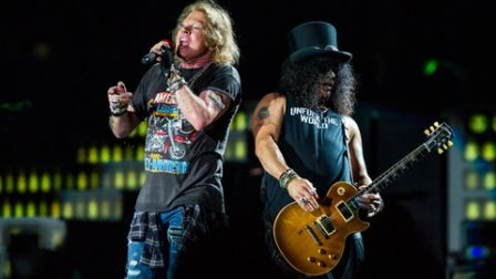 guns-n-roses-performance-feb-2017-billboard-1548.jpg